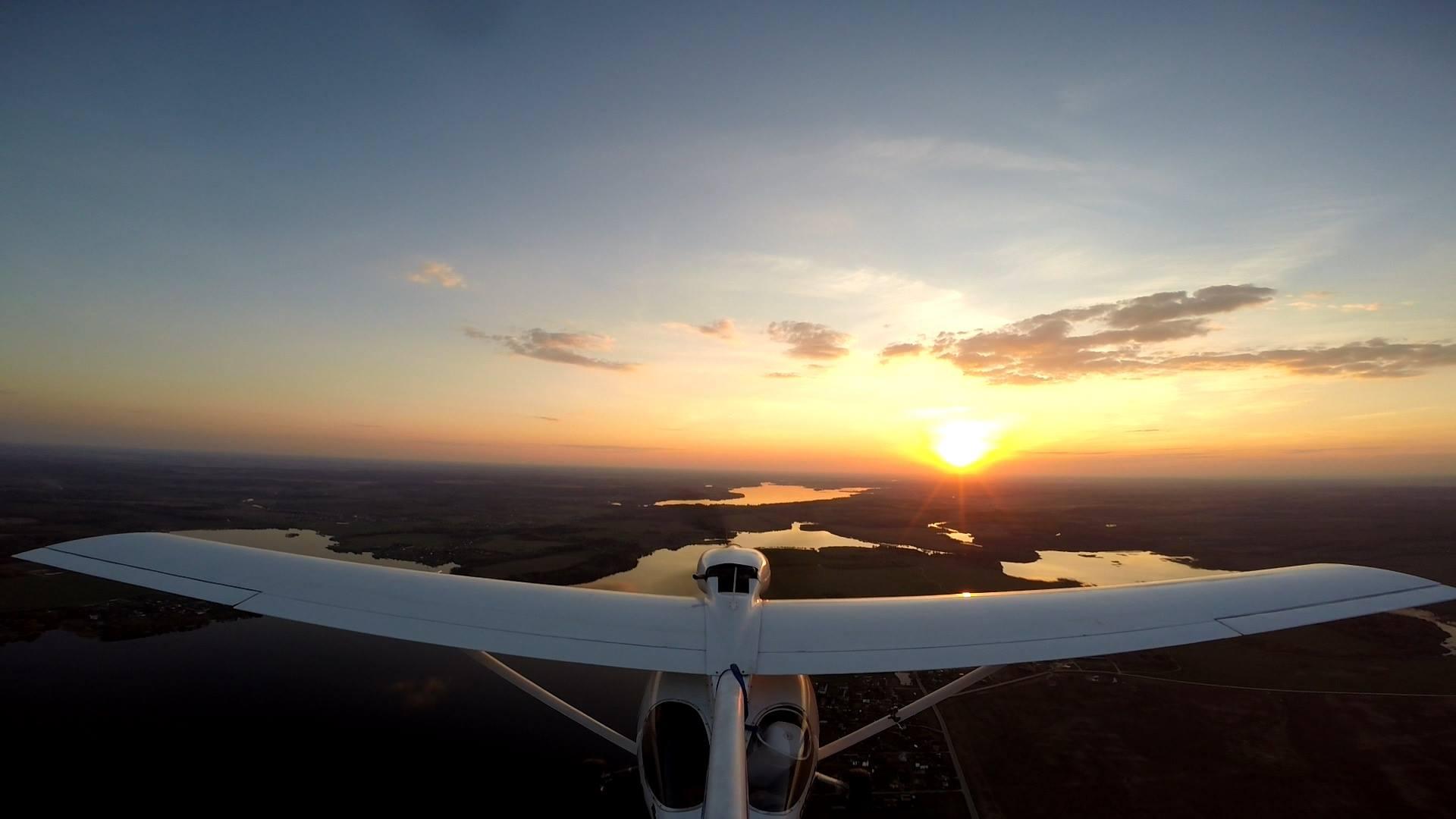 Фото полёта с хвоста самолёта